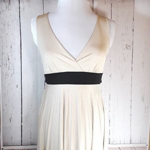 XXI | Semi Formal Dress | M